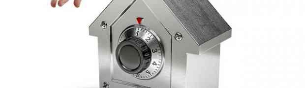 Furti in casa: come colpiscono i ladri e come proteggersi