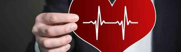 Cardioversione elettrica: rischi e tutto quello che c'è da sapere